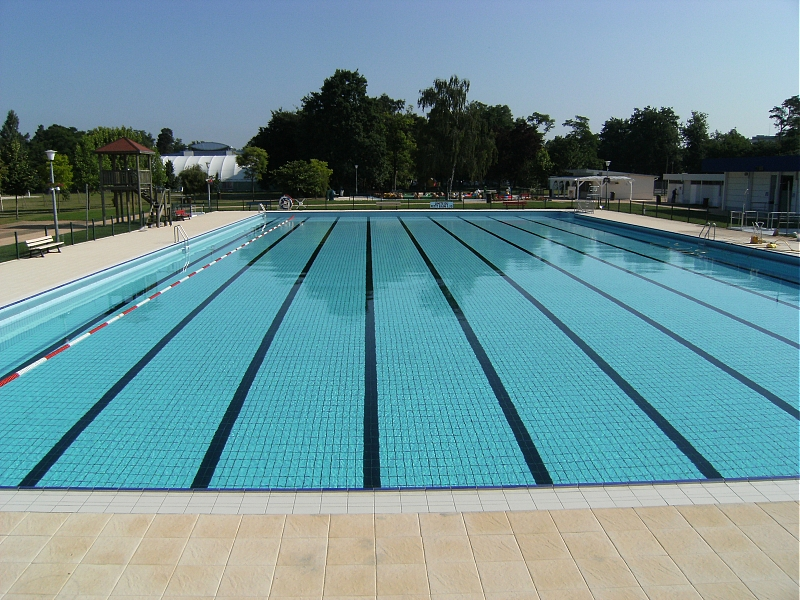 R alisation et r fection de piscines alsace evac eau for Piscine publique